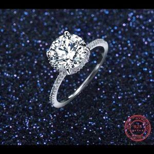 💕💎Astoria Classic Ring!!💕💎
